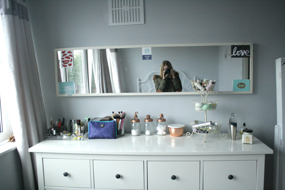 Makeup Station 2